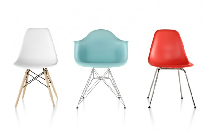 Eames_Molded_PlasticChairs eiffel base chrome IIHIH